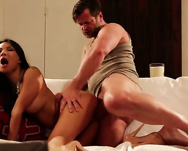 Asa Akira Is Getting Pussy Licking