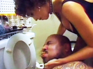 Amateur Brutal Femdom Torture In The Toilet Hardcore